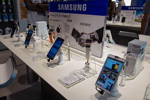 Samsung : Galaxy Note 3 + Galaxy Gear