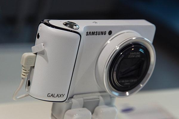 Samsung : Galaxy Camera
