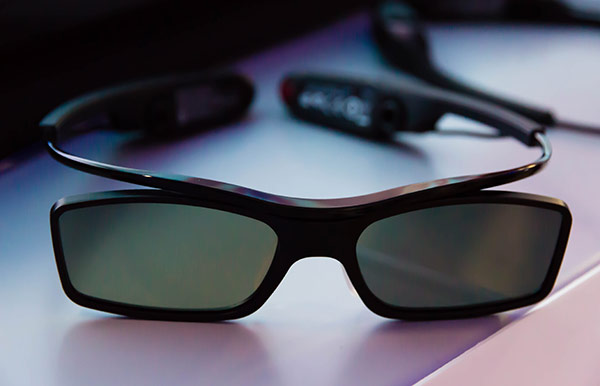 Samsung : Les lunettes de la TV OLED