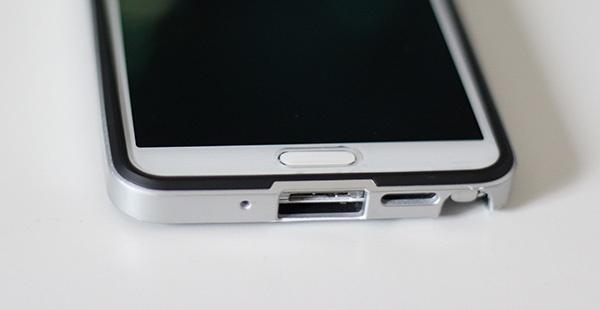Galaxy Note 3 protégé avec la coque et la protection d'écran Spigen