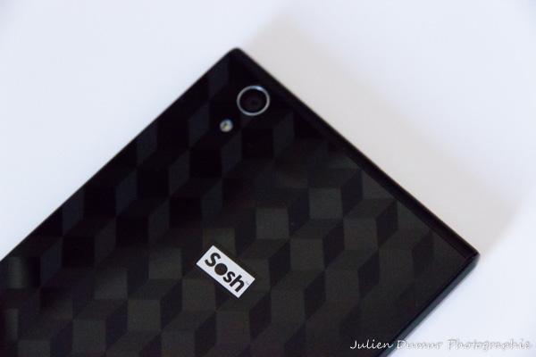 Soshphone4G : le design arrière en trompe l'oeil